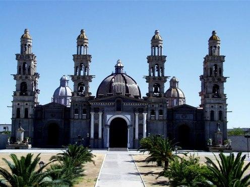 [Basilica+PALMAR+DE+TROYA.jpg]